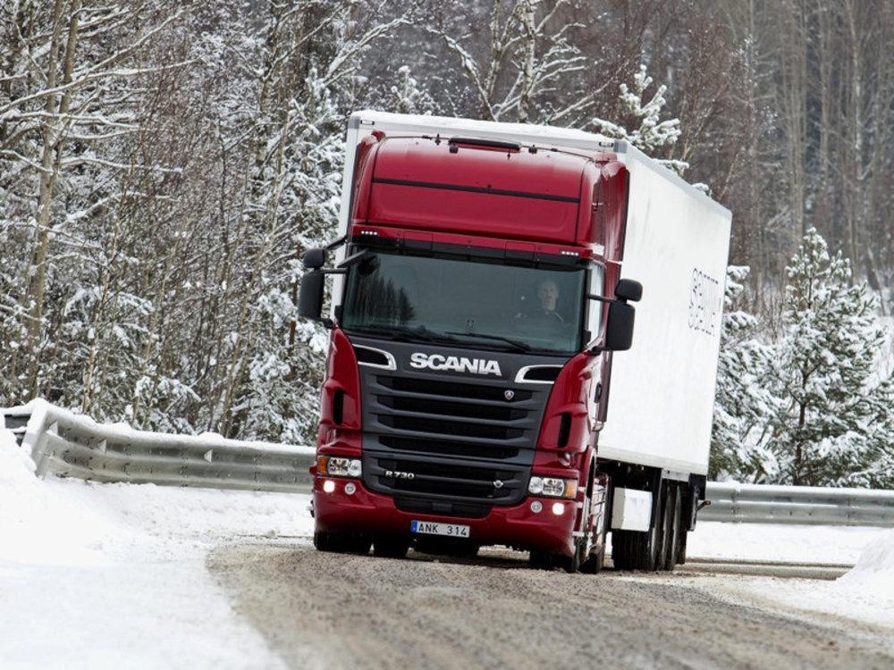 Установка гидравлики на Scania - фото