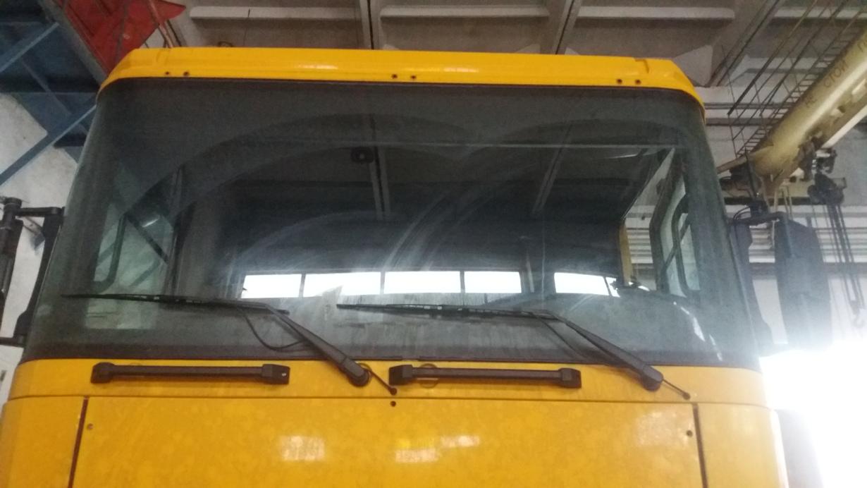 элементы кабины Renault Magnum 2004 - фото
